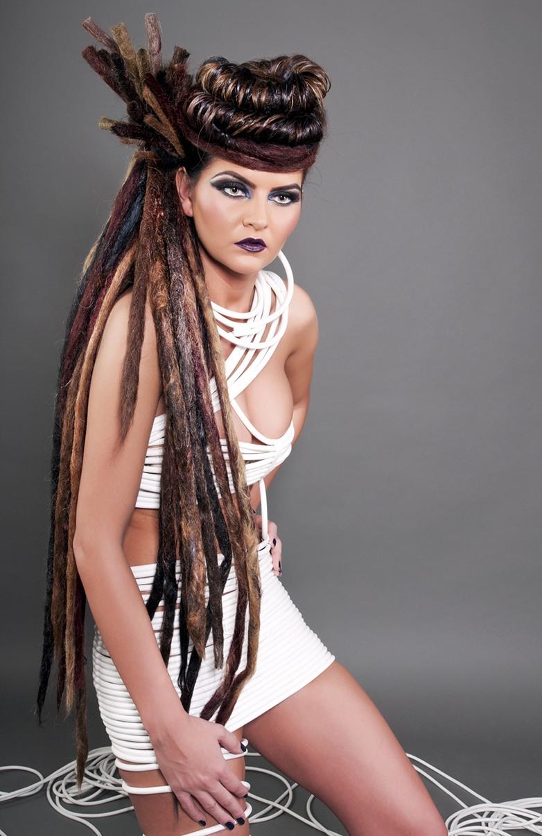 Ședință foto fashion extravaganta in studio