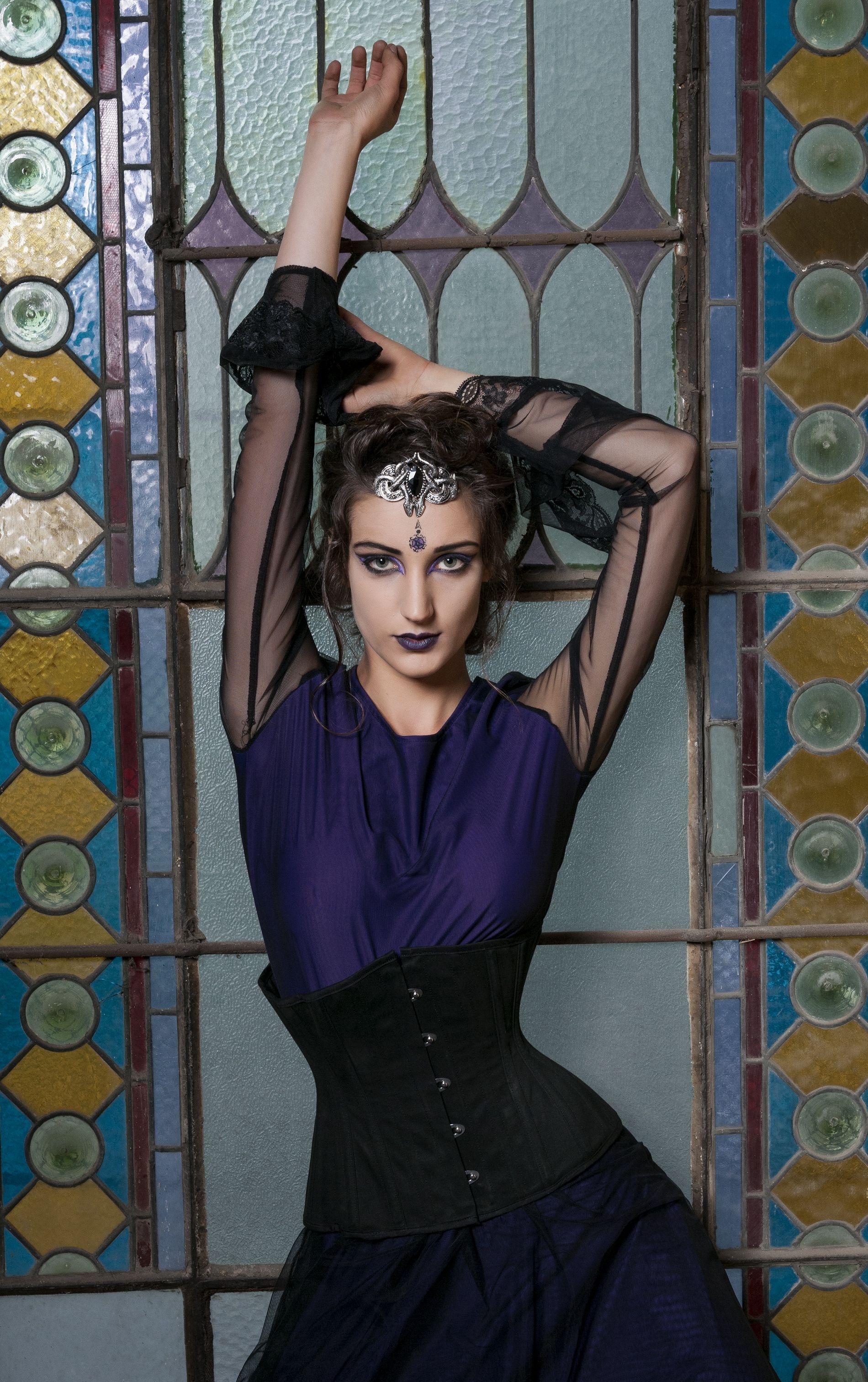 Ședință foto vestimentatii gotice cu model