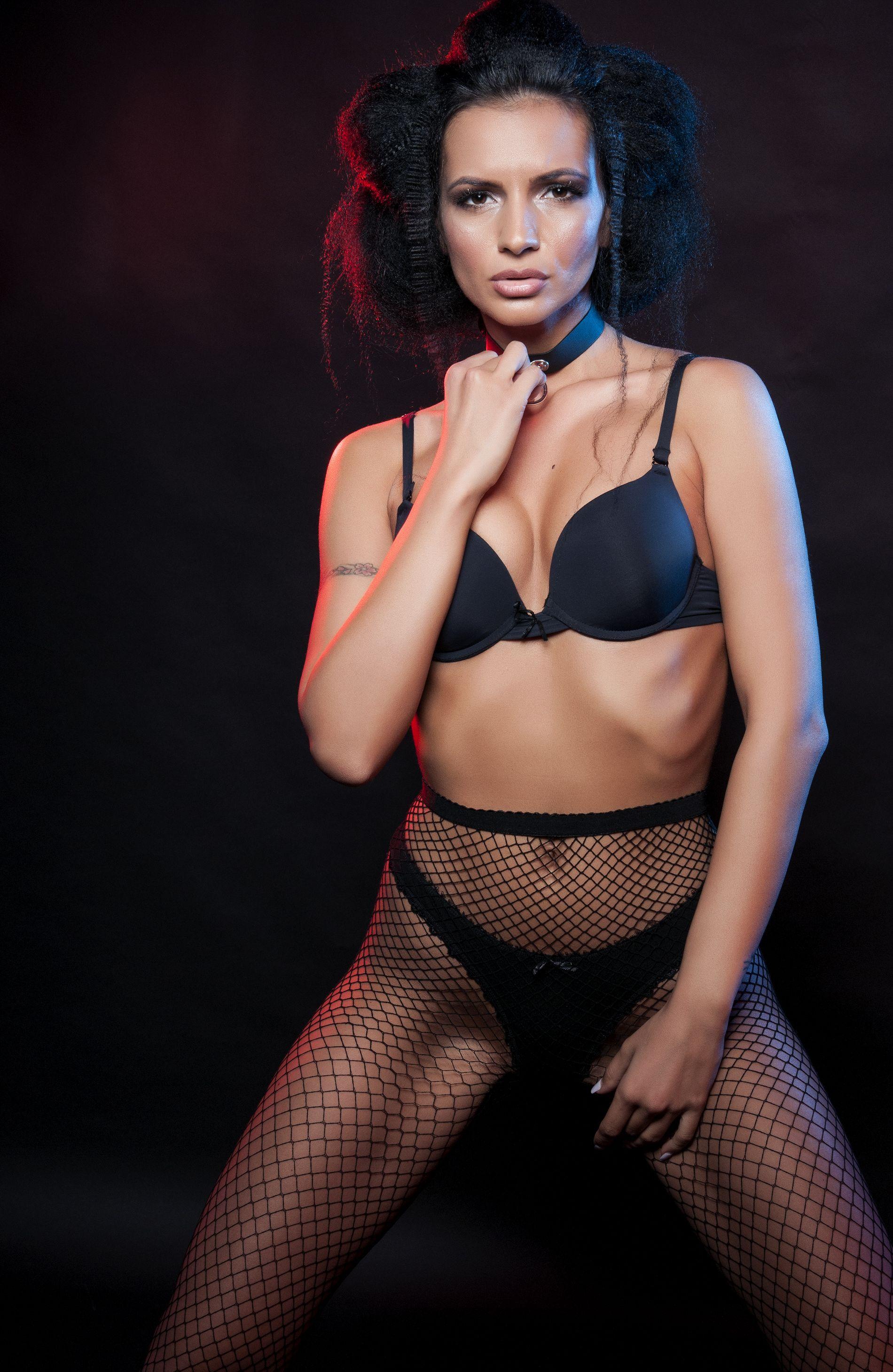 Fotografii erotice în lenjerie Cluj